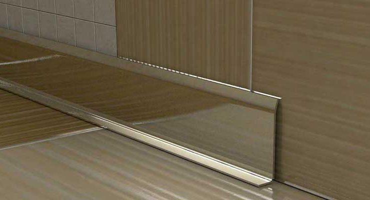 Алюминиевый плинтус для пола: анодированный, щиткованное серебро